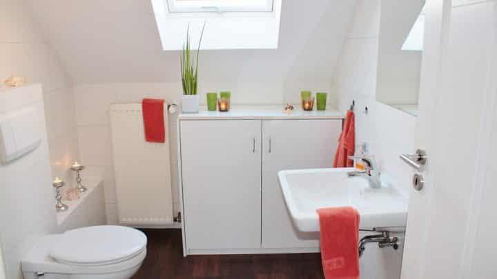 Comment aménager une salle de bain pour senior