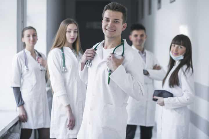 Vous avez envie de réussir en médecine ? 2 précieux conseils à retenir