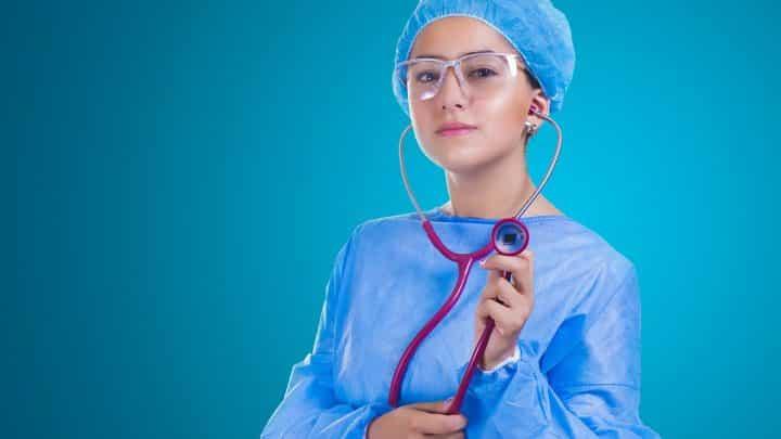 La chirurgie esthétique pour éliminer les complexes
