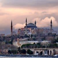 Chirurgie esthétique en Turquie : pourquoi sauter le pas ?