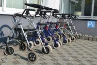 Quels sont les critères de choix d'un déambulateur pour handicapés