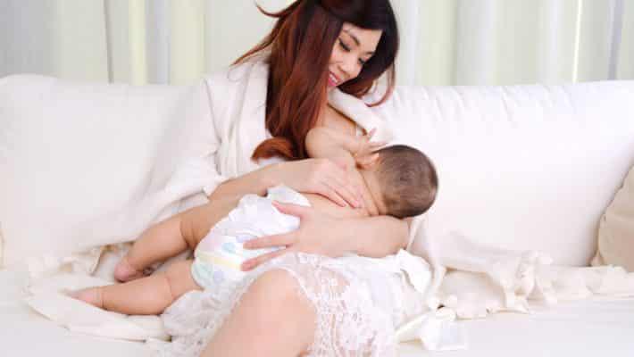 Maman : quels accessoires pour faciliter l'allaitement